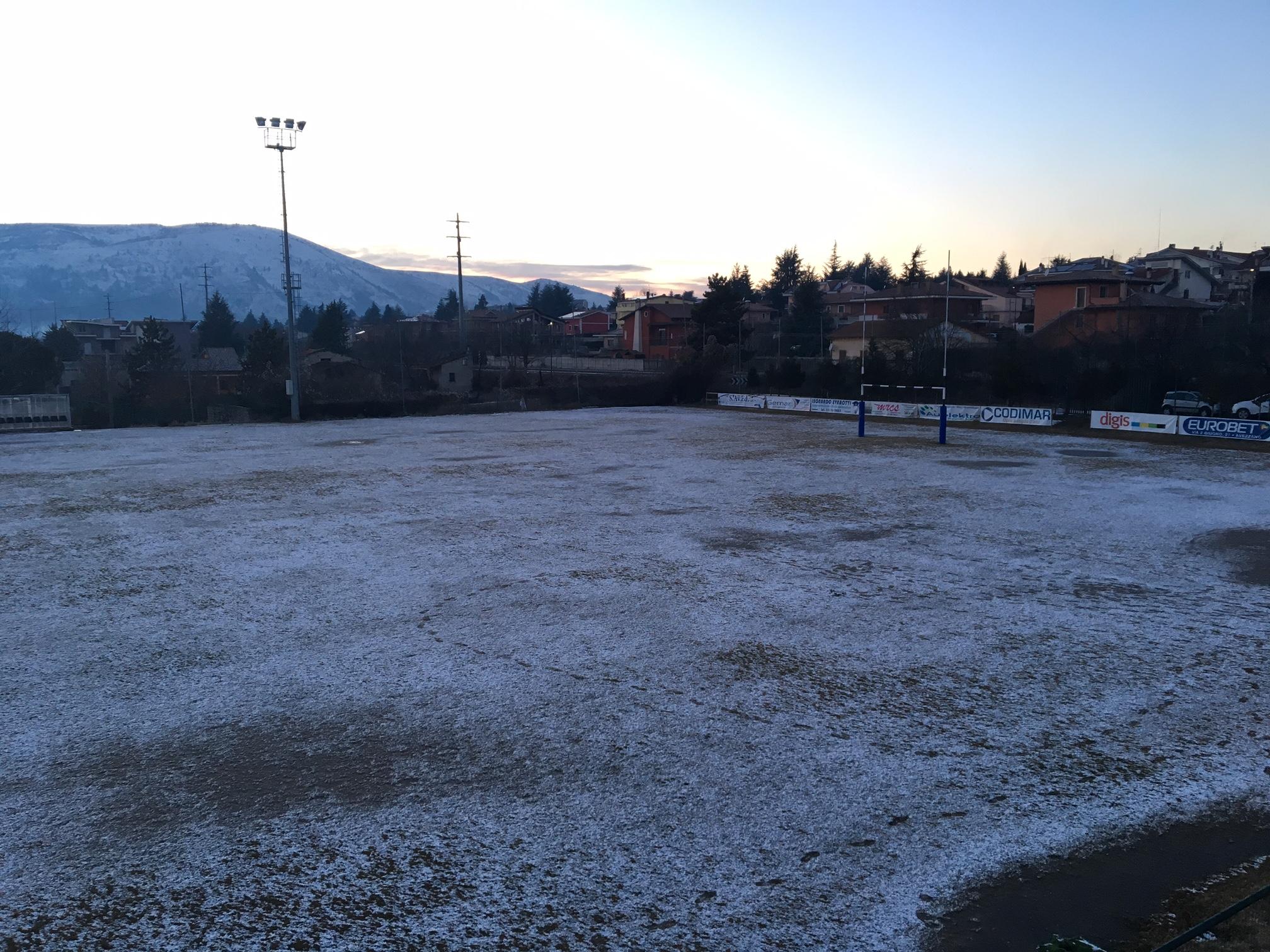 campo rugby ghiacciato