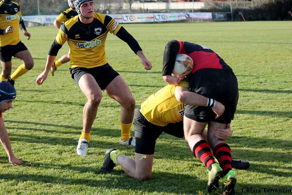 Serie b. Avezzano - Paganica Rugby, placcaggio
