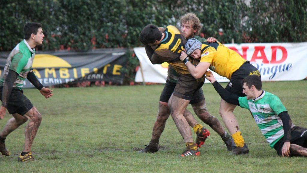 Avezzano Rugby linea di meta - placcaggio